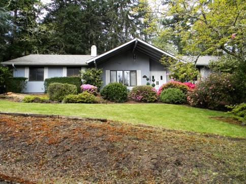 Springfield Oregon  Bed Property For Sale